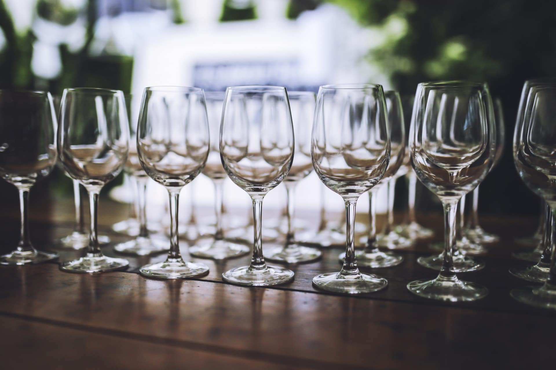 bicchieri vino vuoti